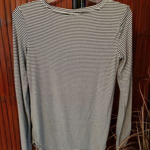 Old Navy S tall Luxe long sleeve t shirt